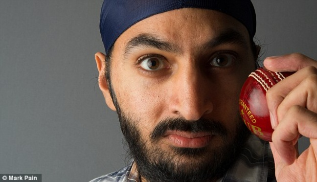 Accused of being 'drunk and disorderly', Monty Panesar has apologised after allegedly urinating on bouncers at a nightclub.